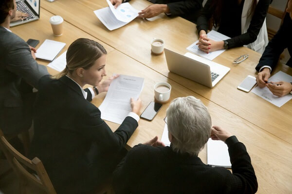 Canadian lawyers surveyed reported plans to increase law clerk hiring